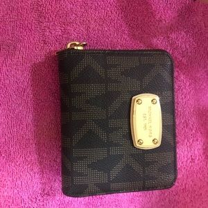 Brown Michael kors wallet